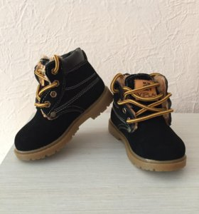 Новые зимние ботиночки 25р-р