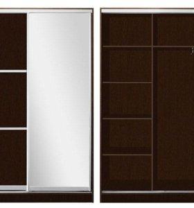 Шкаф-купе 2-х дверный со вставками и зеркалом.