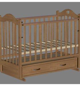 Кроватка-маятник из массива берёзы