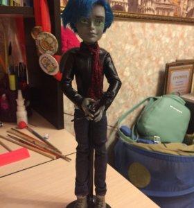 Кукла монстр хай мальчик