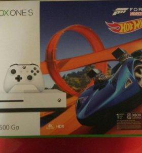 Продам xbox one s 500 Gb