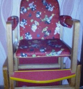 стул для кормления и игр