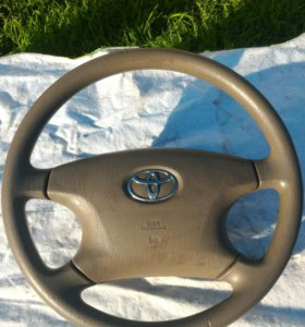 Руль с подушкой безопасности на Toyota Corolla