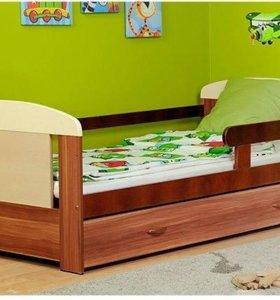 Новая детская кровать с матрасом
