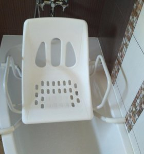 Сиденье в ванну для пожилых людей и инвалидов