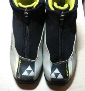 Лыжные ботинки Fischer р. 34