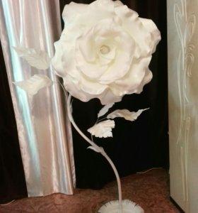 Роза торшер.Высота 1.7м