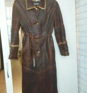 Кожаное пальто (Турция).46-48 размер.