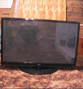 Телевизор-LG 51дюйм(1м-30см)