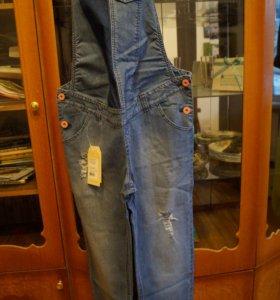 Полукомбинезон джинсовый для беременных