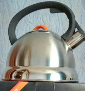 Чайник из нержавеющей стали.
