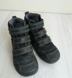 Ботинки демисезонные детские.Ecco.