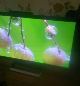 LG 42 дюйма Smart TV. 3D