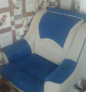 Связи с отъездом продам срочно кресло кровать