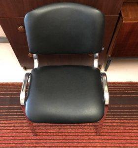 Офисный стул (новый)