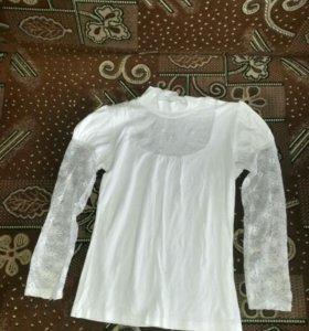Блузки в первый клас