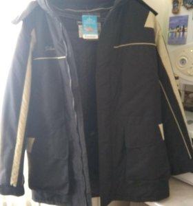 Куртка новая с влагостойким покрытием