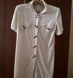 Продам женскую блузу- батник удлиненный.