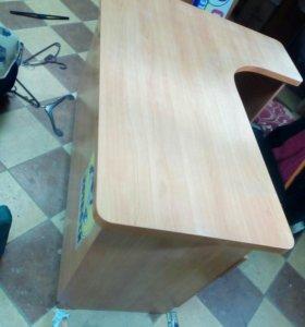 Стол,шкафы,решетки