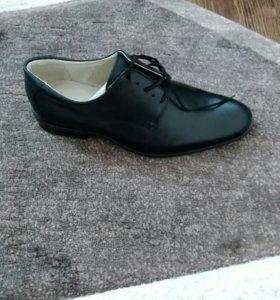 Мужские ботинки ( туфли)