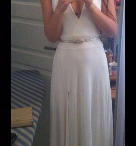 Платье длинное белое вечернее