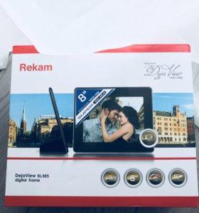 Цифровая фоторамка Rekam DejaView SL885