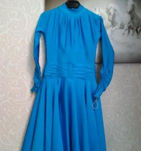 Платье для бальных танцев размер 30