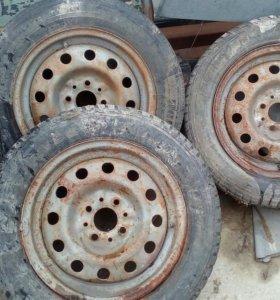 R14 три колеса