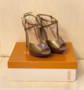Обувь, босоножки (Ressonny)