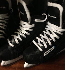 Хоккейные коньки ( NORDWAY )