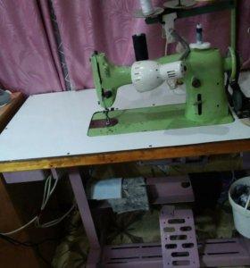 Швейная машинка универсал-21класса( 220Вт)