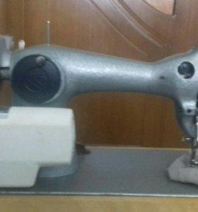 Швейная машина ( новая)