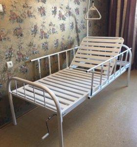 Металлическая кровать для инвалидов.