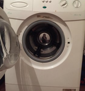 Продаю стиральную машинку