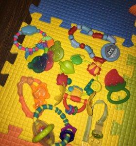 Погремушки игрушки для новорождённого