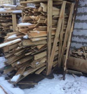 Доски на дрова сухие
