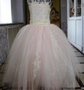 Подам платье для принцессы