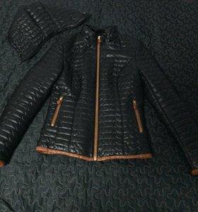 Куртка деми 44р-р