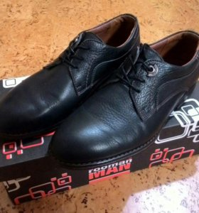 Туфли новые, размер 40