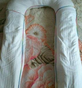 Подушка для беременных с двумя наполнителями.