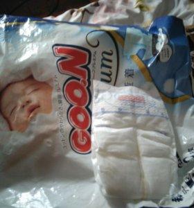 Подгузники для новорожденных Goon premium