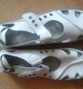 туфли спортивные новые
