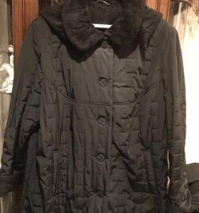 Женское пальто б/у