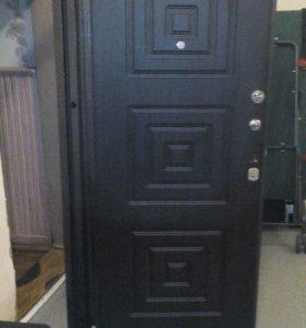 Дверь входная металлическа