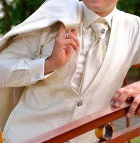 Мужской костюм Giotelli.продажа.