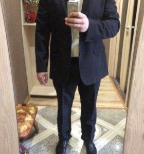 Брючный Костюм Mexx, рубашка, ботинки.