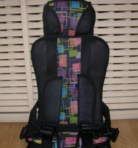 Бескаркасное автомобильное кресло от 2 до 12 лет