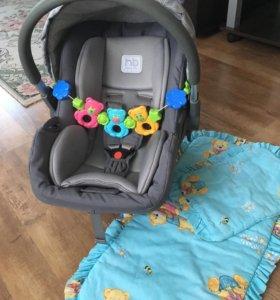 Автокресло happy baby плюс подарок.