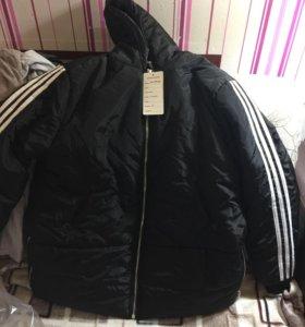 Продам женскую новую куртку