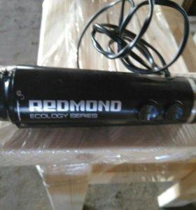 Блендер Redmond мотор